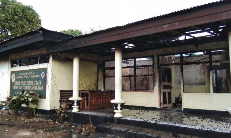 Kantor SatPol PP Malra Yang terbakar