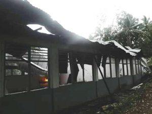 Ini Gedung SD Inpres Uwat yang terbakar