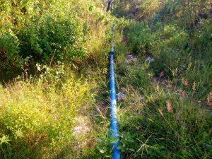 Ini pipa air proyek irigasi Desa Ngadi dari lokasi solar sel menuju bak penampung air