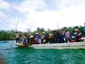 Panen raya rumput laut di Teluk Luv Dusun Watraan, Kota Tual