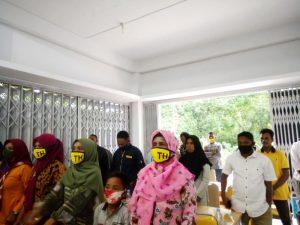 Pengurus Golkar tingkat Desa Se Kecamatan Dullah Utara yang dilantik