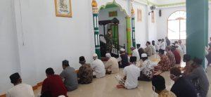Sosialisasi pendisiplinan protokol kesehatan Covid-19 oleh Kasdim 1503 Tual di Masjid Vatdek