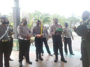 Polres Malra sambangi Kodim 1503 Tual di HUT TNI ke 75