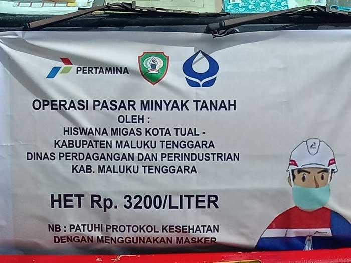 PT. Pertamina Cabang Tual bersama Dinas Perindistrian dan Perdagangan, menggelar operas pasar Minyak Tanah dengan harga Rp 3.200 per liter