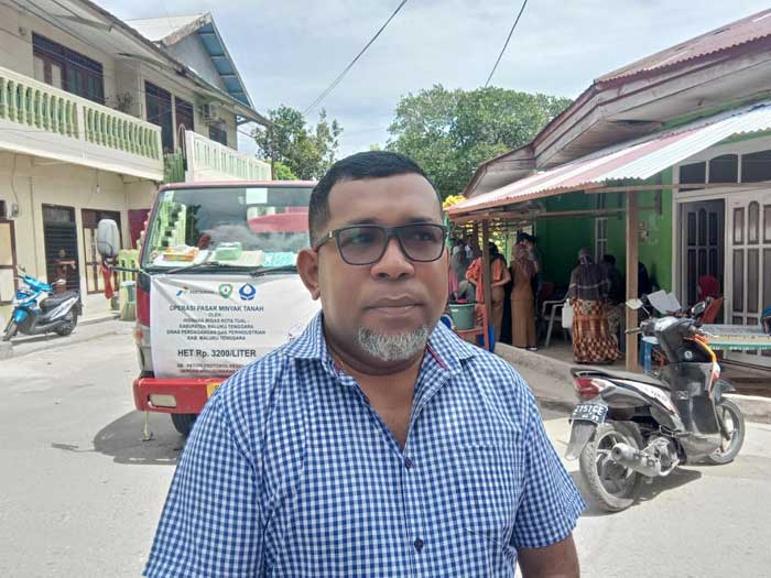 Wakil Ketua DPRD Malra, Johanis Bosco Rahawarin