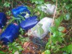 Barang-bukti-770-liter-miras-sopi-yang-dibuang-kapal-motor-diatas-pantai-Ohoi-Debut