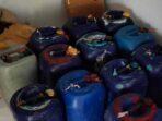 Barang-bukti-770-liter-miras-sopi-yang-disita-Polsek-KKB,-diamankan-di-Polres-Tual