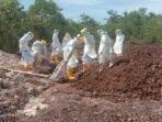 Dua warga masyarakat di Kabupaten Maluku Tenggara dan Kota Tual, di Propinsi Maluku, Sabtu ( 02/01/2021 ), dinyatakan meninggal karena terkonfirmasi positif Covid-19, dan langsung dimakamkan ditempat pemakaman Covid-19 Desa / Ohoi Namar