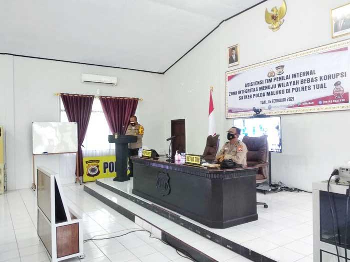 Tim Penilai Internal (TPI) Polda Maluku kembali menyambangi Polres Tual, sebagai satu – satunya Polres diwilayah hukum Polda Maluku yang bakal meraih predikat, Kawasan Zona Integritas menuju Wilayah Bebas dari Korupsi (WBK) dan Wilayah Bebas Bersih dan Melayani (WBBM)