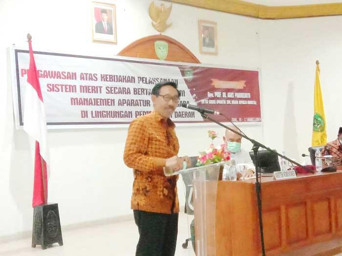 Ketua KASN dalam amanatnya, ketika membuka secara resmi seleksi JPT Pratama Pemkot Tual, Senin Malam ( 15/03/2021 ).