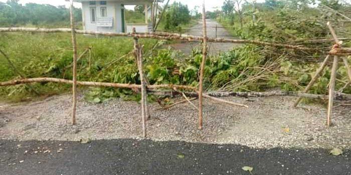 masyarakat Adat Ohoi Isso pasca pelantikan tersebut, melakukan pemalangan dan Sasi ( Hawear-red ) pada lokasi TPA