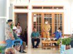Wakil Walikota Tual, Usman Tamnge, SE dan Sekretaris Daerah Kota Tual ( Sekda ), A. Yani Renuat, Senin ( 17/05/2021 ) hadir menyaksikaan secara langsung proses perdamaian antara dua keluarga di Kota Tual